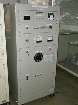 絶縁破壊試験器の制御部本体